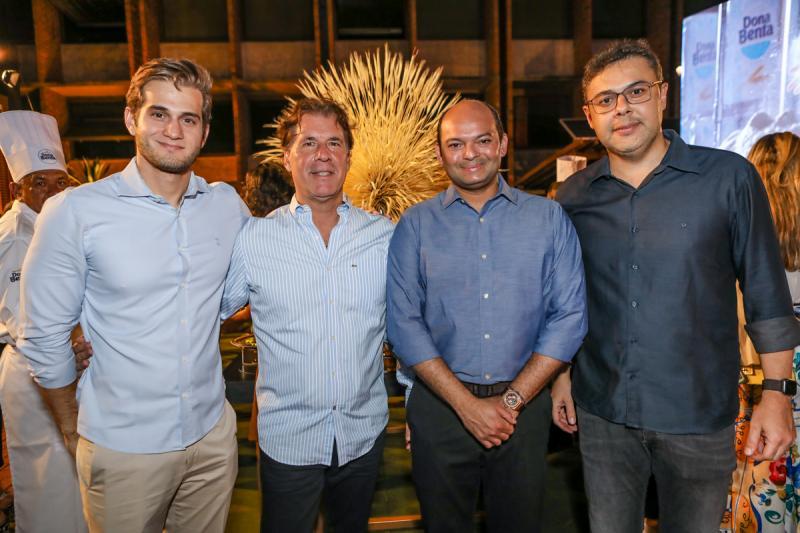 Levi Macedo, Artur Magalhaes, Otilio Ferreira e Gustav Cruz