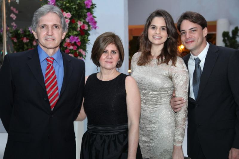 Luis, Monica e Paula Goyanna e Nicolas Lima