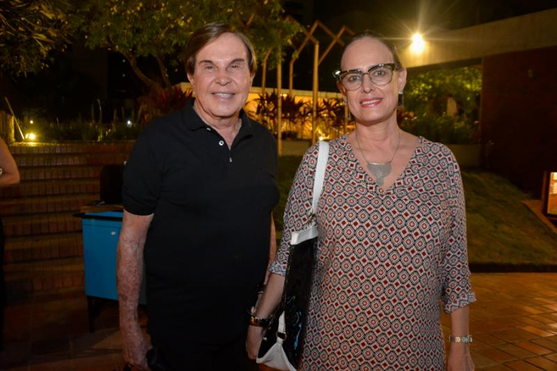 Lazaro Medeiros e Cassi Barbosa