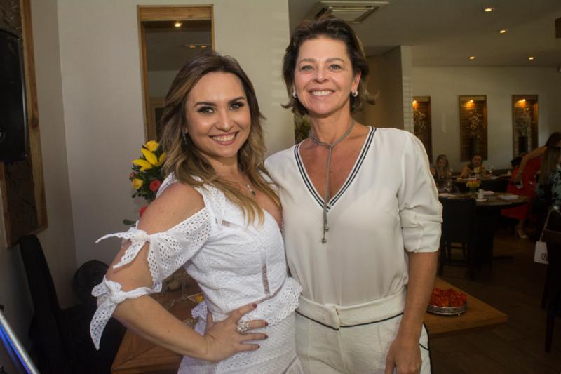 Socorro Medeiros e Ana Cristina Wolf