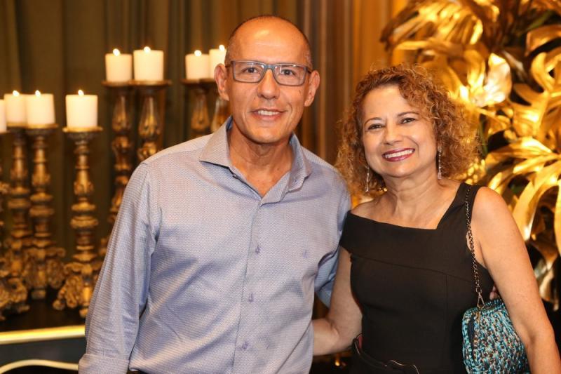 Odval Lima e Silvia Facundo