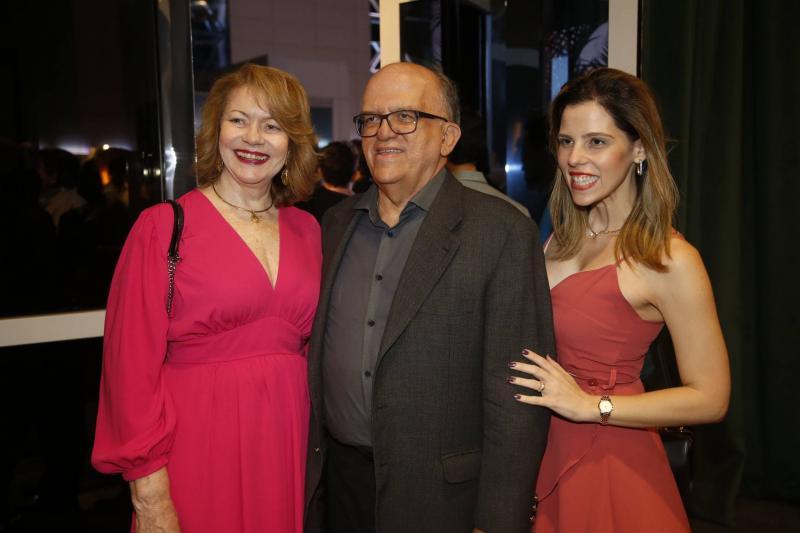 Marfisa e Fernando Ximenes e Sofia Laprovitera