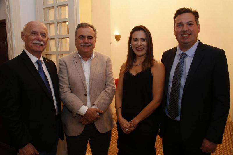 Freitas Cordeiro, Assis Cavalcante, Erika e Samuel Dias