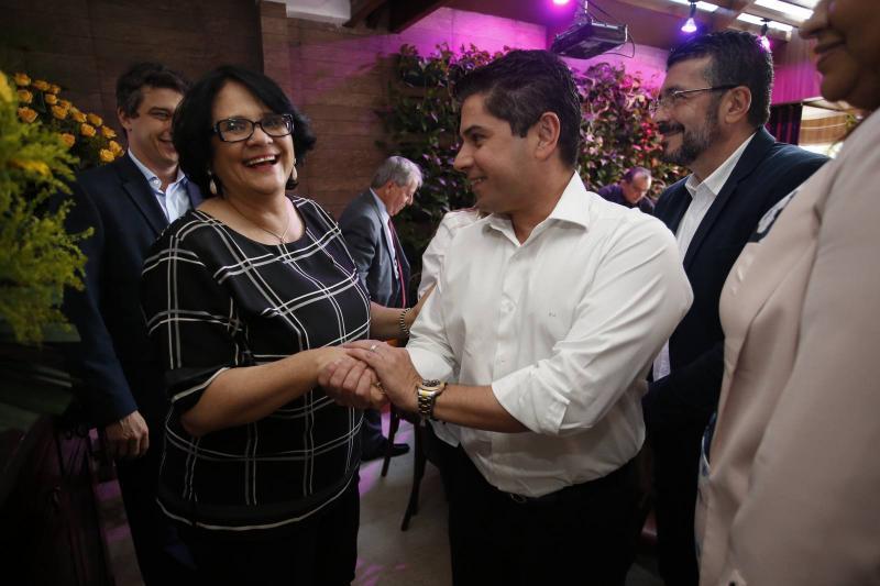 Damares Alves e Pompeu Vasconcelos 1