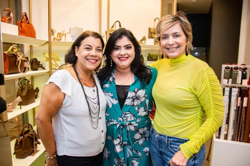 Cida Parente, Viviane Almada e Andrea Fialho