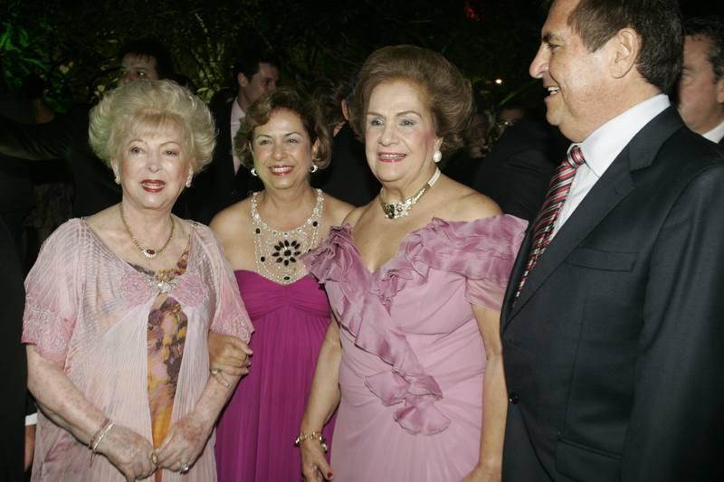 Yolanda Queiroz, Julia e Beatriz Philomeno e Alfredo Gurjao
