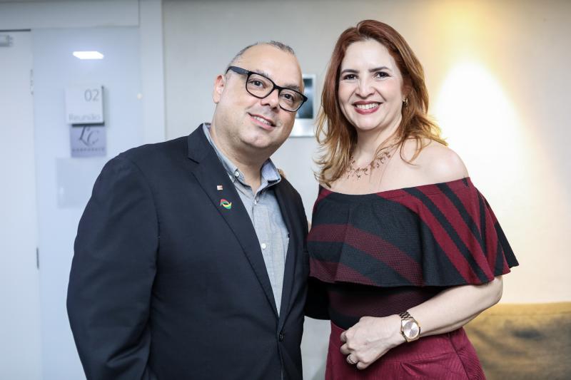 Carlos Alberto Nunes e Enid Camara