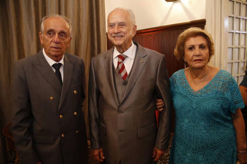 Joao Guimaraes, Paulo Barbosa e Ester Castro 1