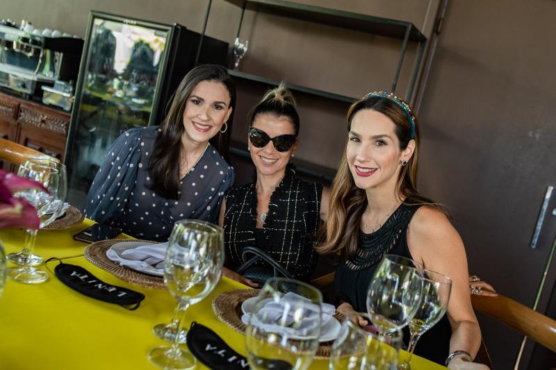 Giuliana Botelho, Roberta Quaranta e Marcela Carvalho