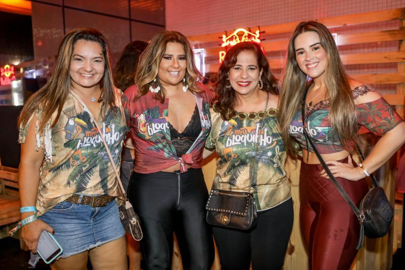 Gigi Passos, Montielli Arruda, Martinha Assunçao e Roberta Pinto