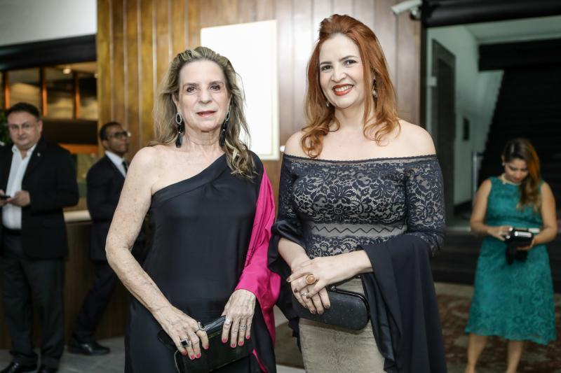 Annia Ribeiro e Enid Camara