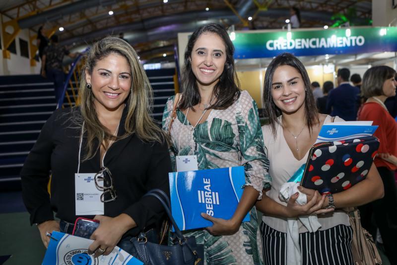 Monica Claudino, Daniele Queiroz e Leticia Carvalho