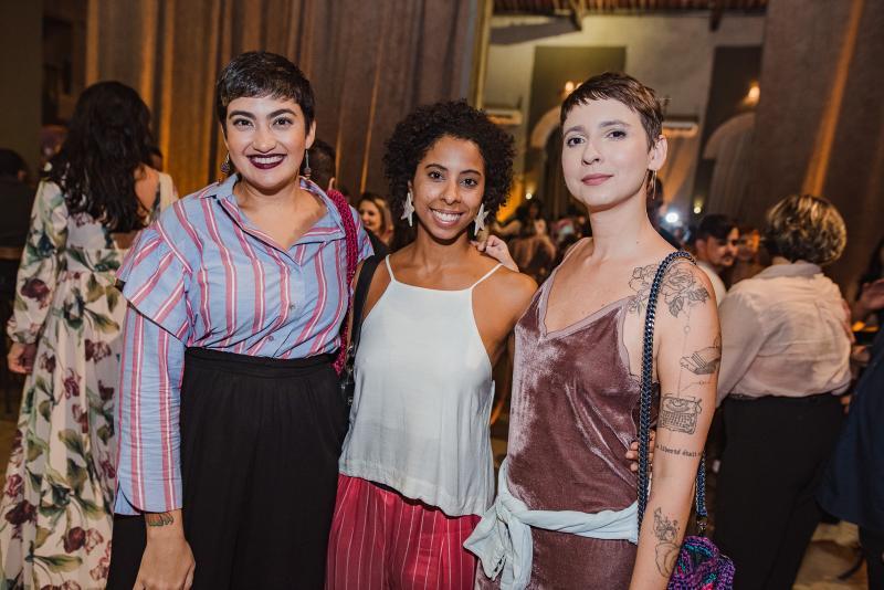 Clara Dourado, Carina Santos e Gabriela Dourado