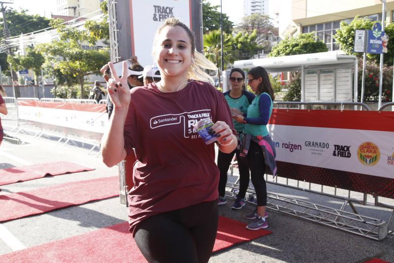 Roberta Fernandes