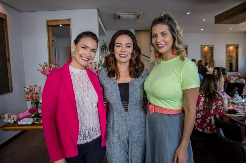 Ana Clara Rocha, Carol Lemos e Anelisa Barreira