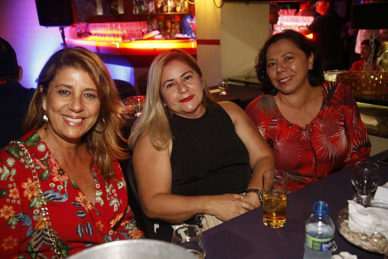 Suely Gimenez, Vitoria Castro e Gloria Amelack
