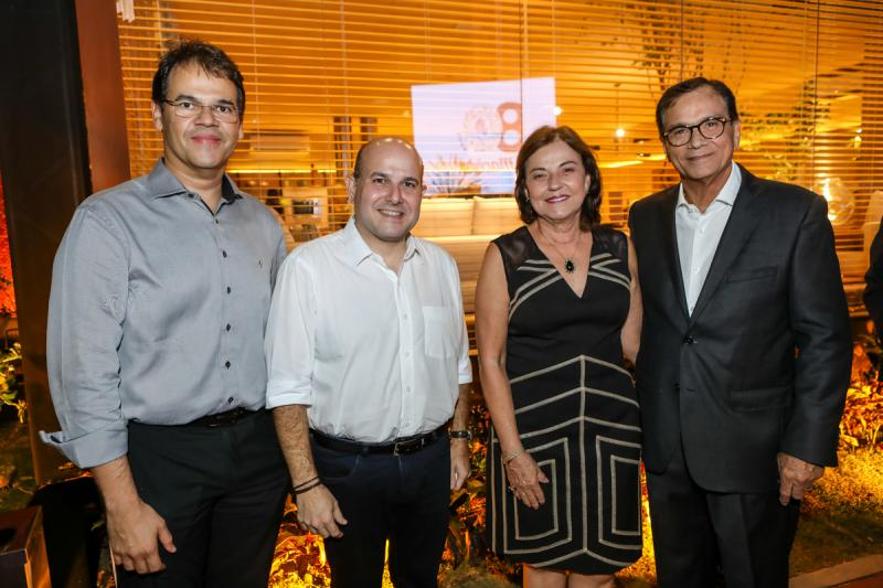 Marcelo Pinheiro, Roberto Claudio, Ana e Beto Studart
