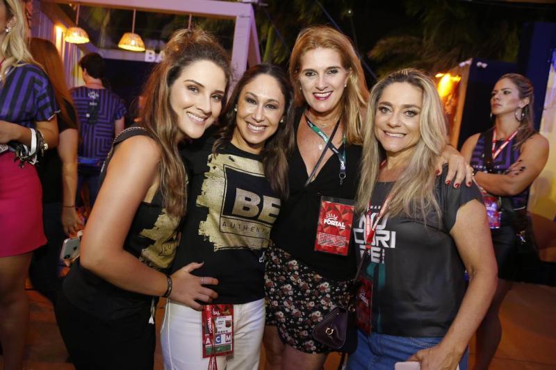 Natalia Marques, Larissa Coelho, Lolo Moreira e Celia Magalhaes