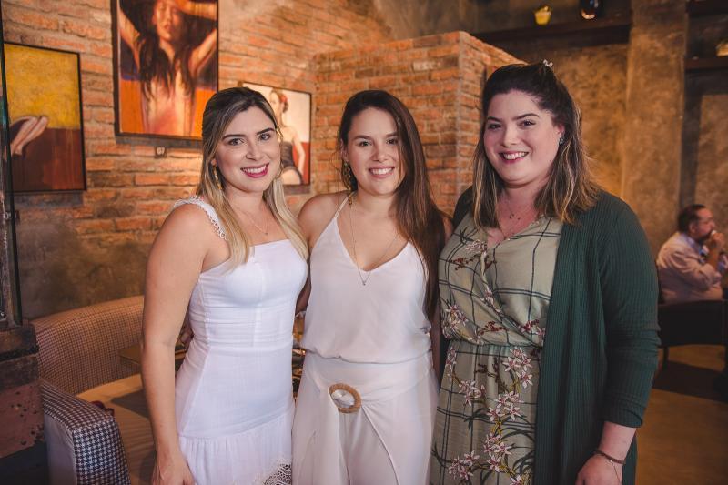 Isadora Saldanha, Natercia Rios e Camille Calheiros