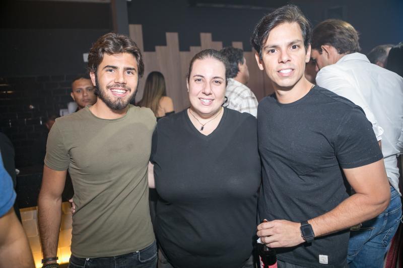 Artur Colares, Clara Frank e Italo Girao