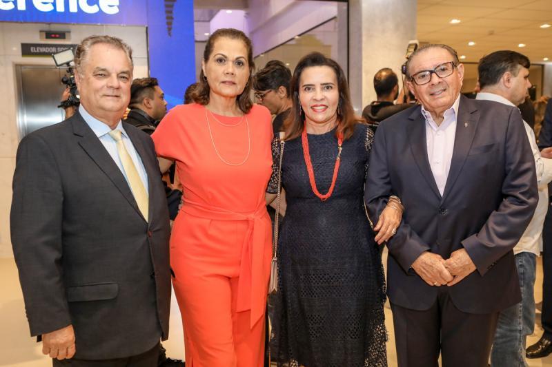 Bernardo Pixoto, Diane Freire, Rosangela e Valdeci  Cavalcante