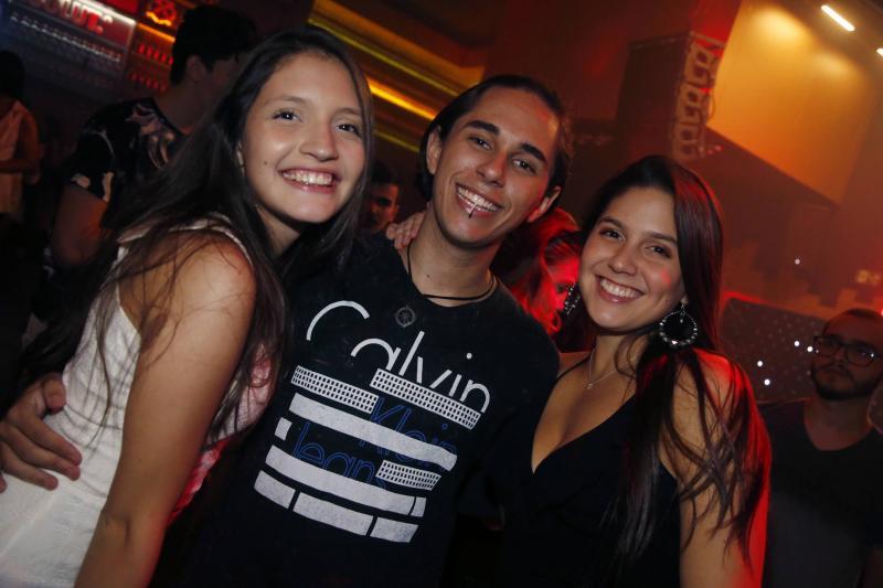 Livia Madeira, Davi Melo e Emily Lopes