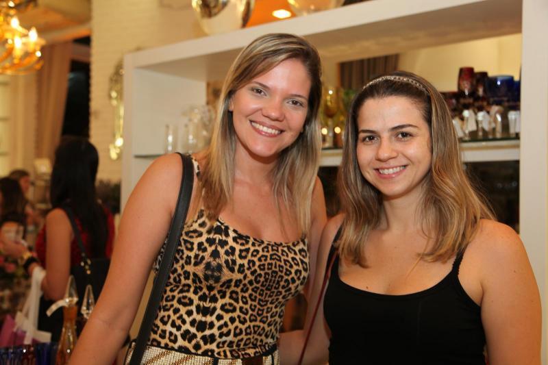 Renata Maia e Hedwiges Almeida