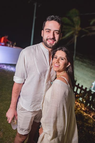 Victor Oliveira e Nathalia Nogueira