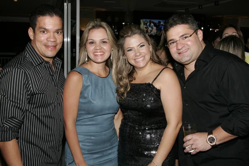 Caca, Caterine, Vanessa e Mario Queiros