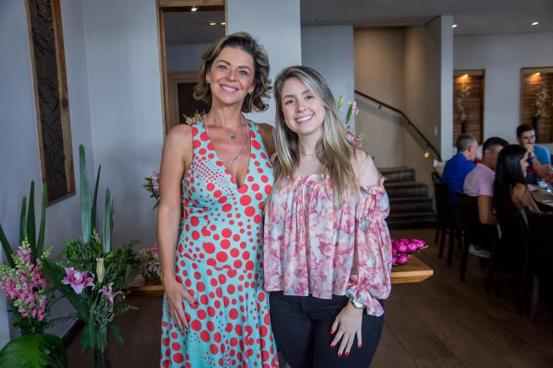 Ana Cristina Wolf e Tayna Lomonaco
