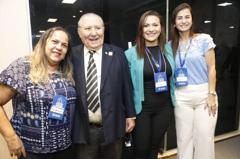 Ana Bertoldo, Camila Andrade, Idalmi Feitosa e Isabelle Karine