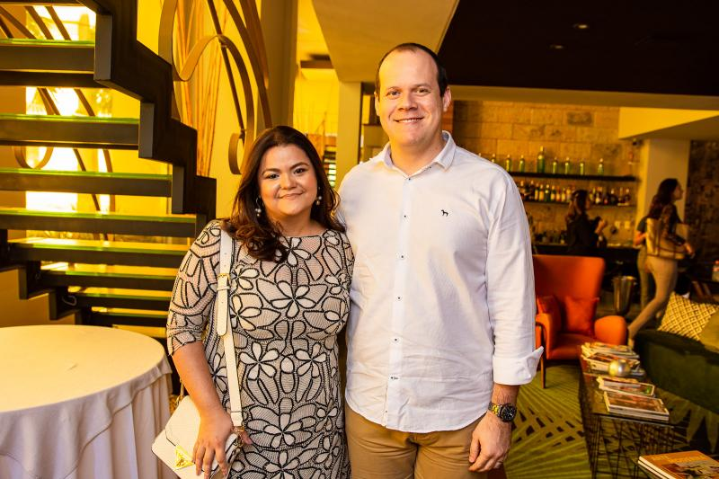 Nicole e Igor Weyne