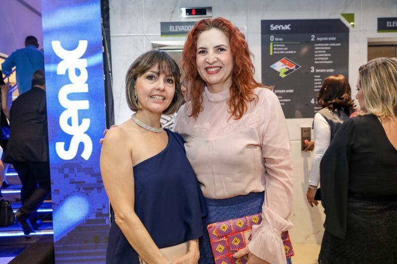 Circe Jane e Enide Camara