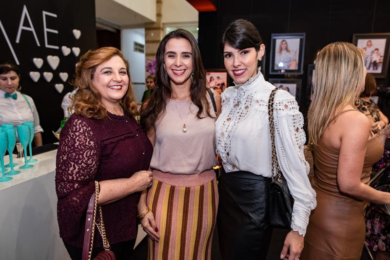 Jaqueline Simoes, Vivian Barbosa e Flavia Laprovitera
