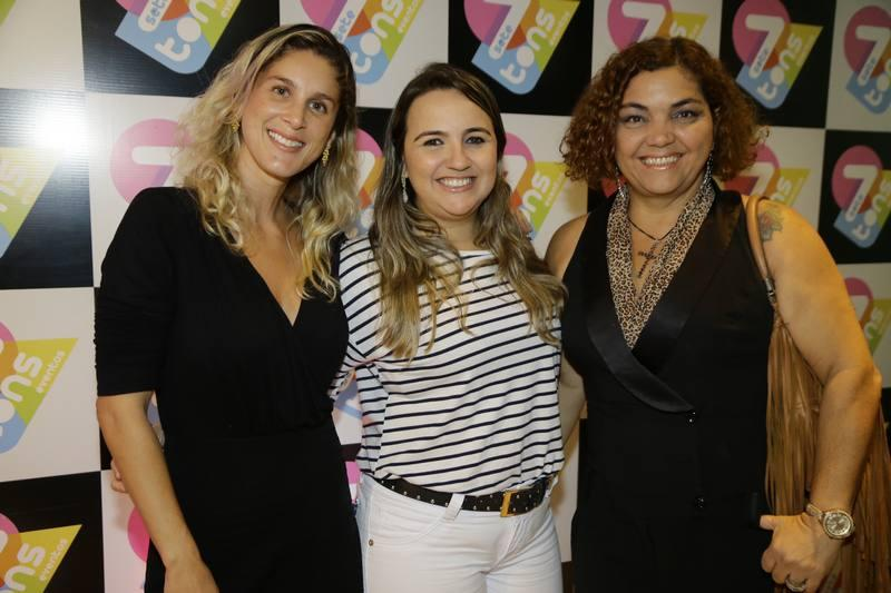 July Oliveira, Eveline Pessoa e Cris Reis