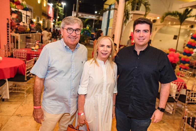 Miguel, Lucy e Flavio Figueiredo