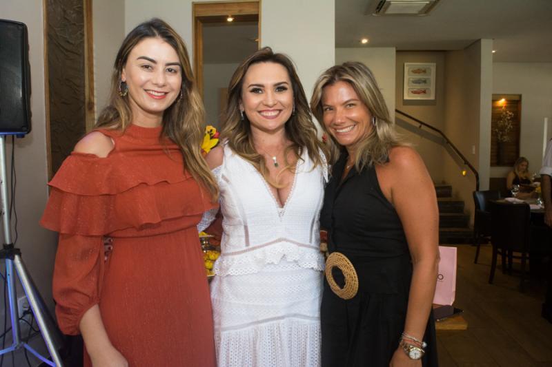 Mariana Pimenta, Socorro Medeiros e Vanessa Queiros