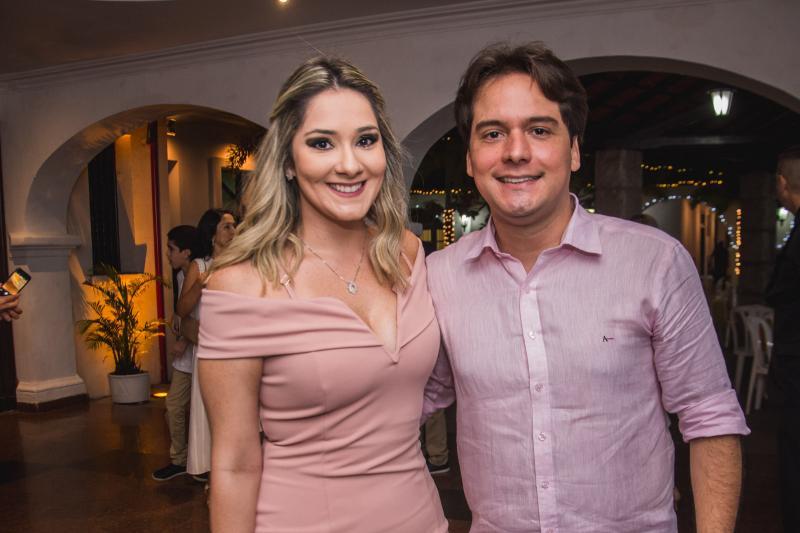 Camila Mont alverne e Bruno Gomes
