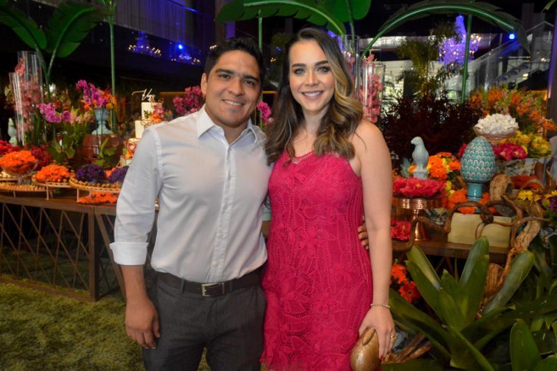 Junior Martins e Renata Asfor