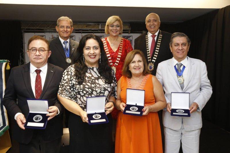 Reconhecimento - Skal Internacional de Fortaleza homenageia personalidades do Turismo em sua festa anual