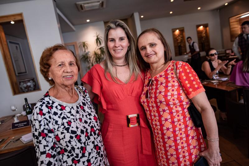 Conceicao, Adriana e Marcia Loureiro