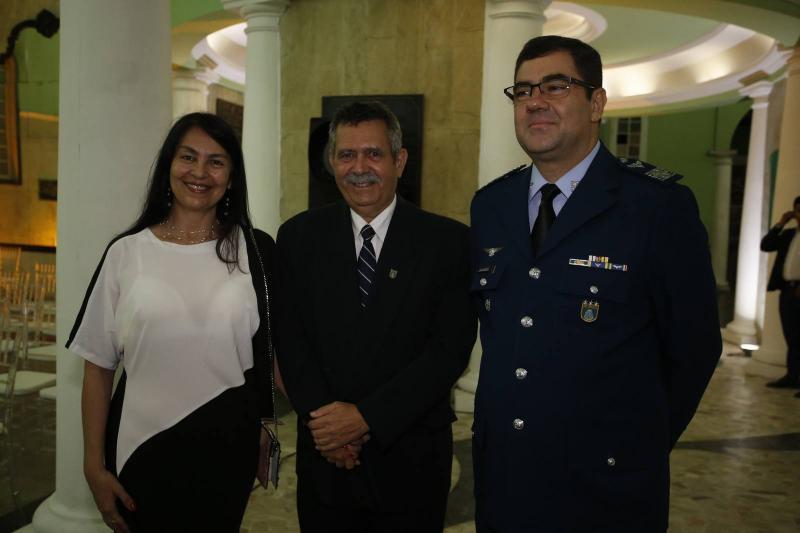 Claudia e Jansen Cunha e Coronel Alex Pereira