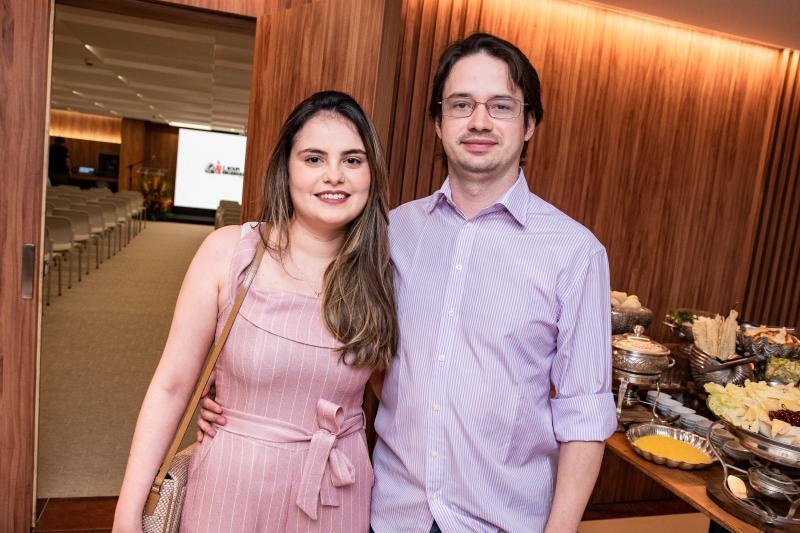 Lia Arcanjo e Igor Maranhao
