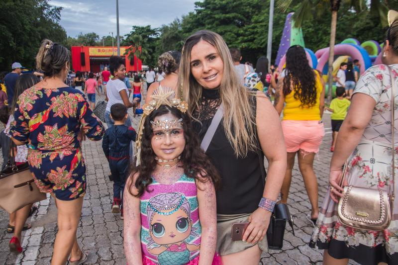 Lara e Erica Gomes