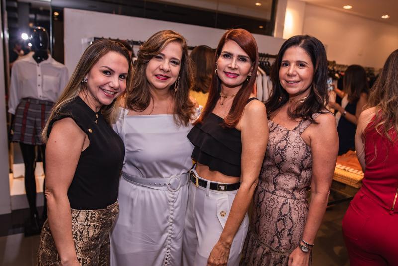 Adriana Queiroz, Martinha Assuncao, Lorena Pouchain e Maria Lucia Negrao