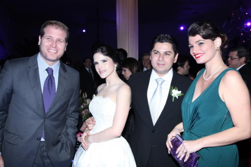 Os Noivos com Jorge e Livia Albuquerque