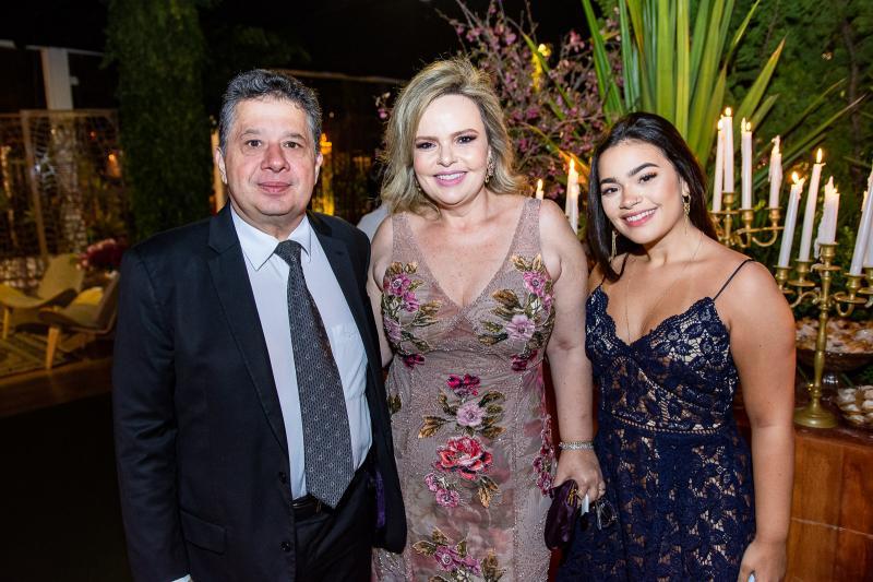 Geraldo, Daniela e Isabela Bastos
