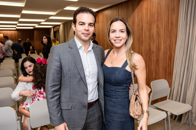 Drausio e Isabela Barros Leal
