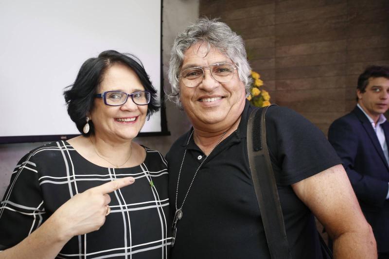 Damares Alves e LC Moreira