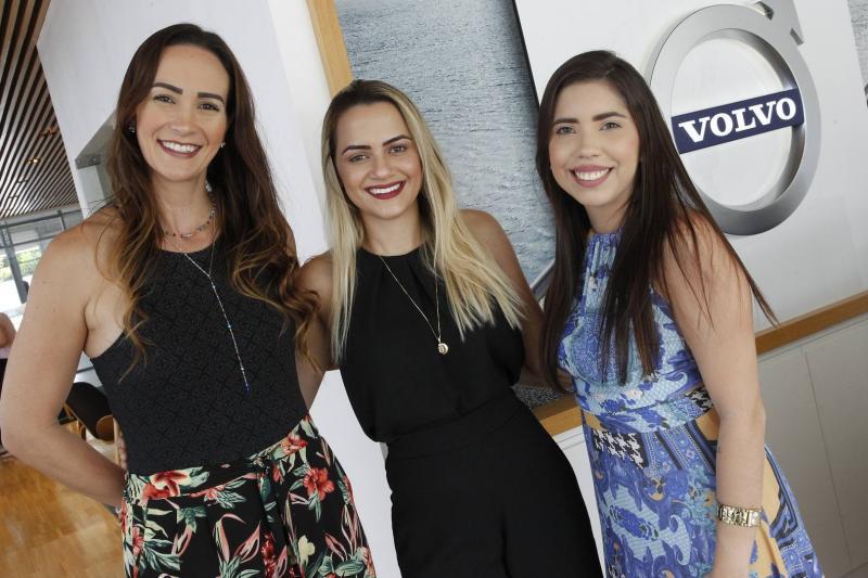 Deyse Terra, Beatriz Bezerra e Raynata Fernandes